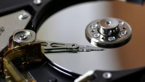 عملکرد هارد دیسک